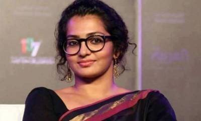 latest-news-parvathy-thiruvoth-will-direct-film-soon