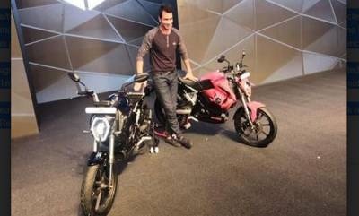 business-revolt-unveils-indias-first-all-electric-bike-the-rv-400