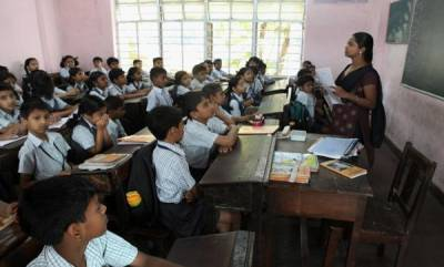 latest-news-351-kerala-school-run-out-with-english-teachers