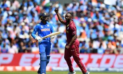 latest-news-world-cup-2019-huge-setback-for-india-as-virat-kohli-falls-for-72