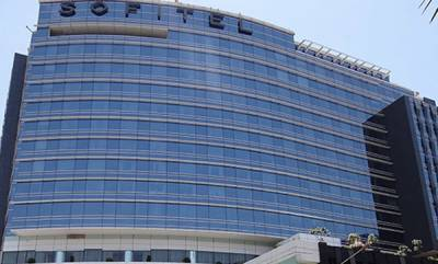 latest-news-come-here-for-sunday-spa-says-bjp-leaders-spotted-mumbai-same-hostel-as-rebel-karnataka-mlas