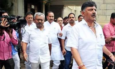 india-karnataka-crisis-21-congress-ministers-step-down-voluntarily