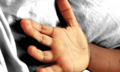 latest-news-baby-dies-while-traveling-ship