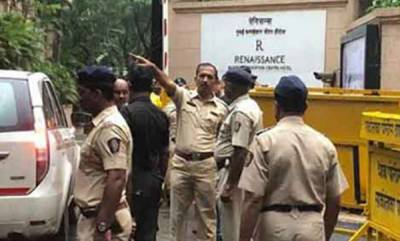 latest-news-karnataka-rebels-tell-mumbai-cops-state-leaders-may-storm-hotel