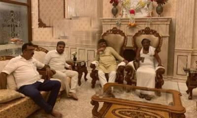 latest-news-dk-sivakumar-meets-mtb-nagaraj