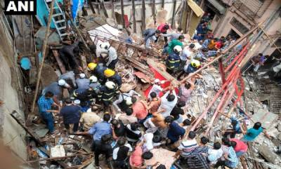 india-four-storey-building-collapses-in-mumbai-dongri-over-40-feared-trapped