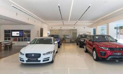 business-jaguar-land-rover-inaugurates-its-first-boutique-showroom-in-india-at-bengaluru