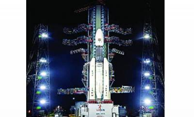 india-aiming-for-the-moon-isro-to-launch-chandrayaan-2-today