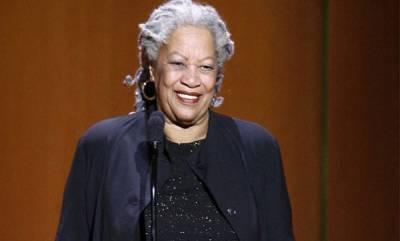 world-toni-morrison-noble-prize-winning-author-dies-at-88
