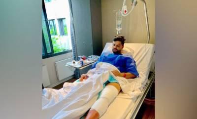 sports-suresh-raina-undergoes-knee-surgery