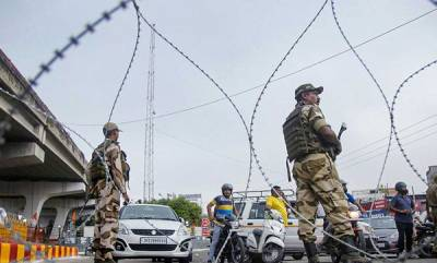 india-sc-refuses-to-pass-order-on-plea-seeking-restoring-communication-services-in-j-k