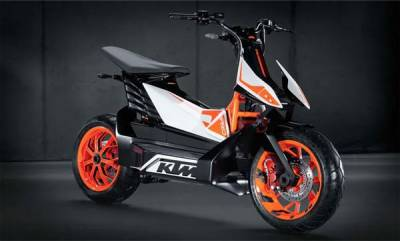 auto-ktm-bajaj-working-on-a-electric-scooter