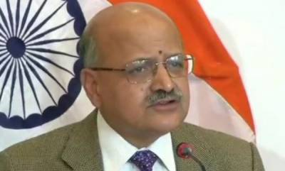 latest-news-curbs-in-kashmir-will-be-lifted-in-a-phased-manner-says-chief-secretary