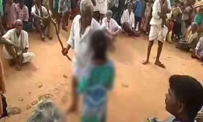 india-andhra-pradesh-girl-beaten-with-sticks-by-village-elder-for-eloping