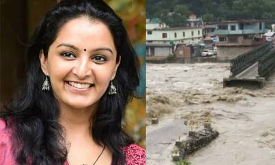 latest-news-manju-warrier-and-team-trapped-in-himachal-flood