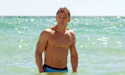 hollywood-daniel-craigs-final-outing-as-007-is-revealed-to-be-no-time-to-die
