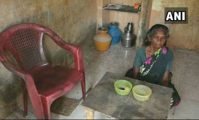 latest-news-65-year-old-madurai-woman-has-been-living-in-a-public-toilet-for-19-years
