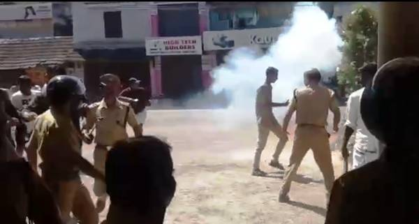 Kerala burns after women entry in Sabarimala | Hartal Photos