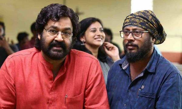 velipadinte pusthakam, movie review, mohanlal