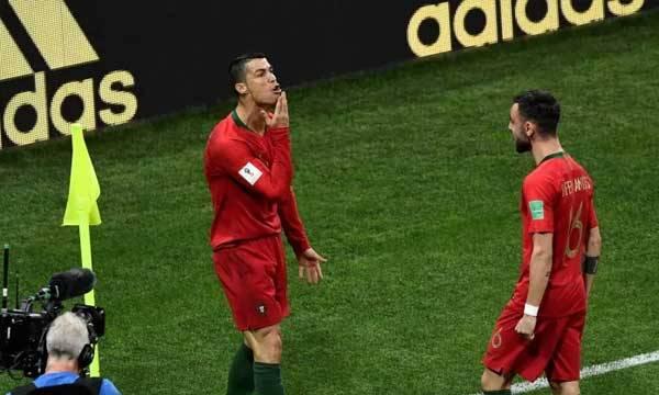 Ronaldo, GOAT,  Goal celebration