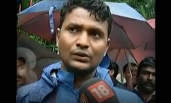 NDRF officer,  Infant life,  Flood