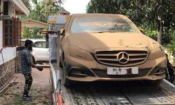 expensive cars, kerala flood, Rolls Royce, Porsche, Mercedes GLS, Mercedes E-class, Jeep Compas