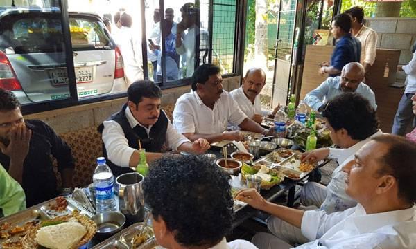 Karnataka minister, Zameer,  Mangaluru hotel