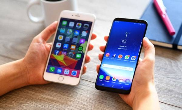 apple and samsung fined for slowing down their phones