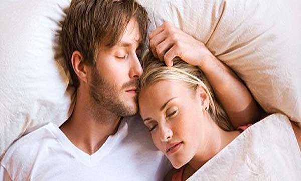 uploads/news/2016/05/381/couple-sleeping-bed.jpg