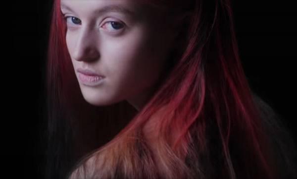 beauty-spot-london-fashion-week-debuts-colour-changing-hair-dye
