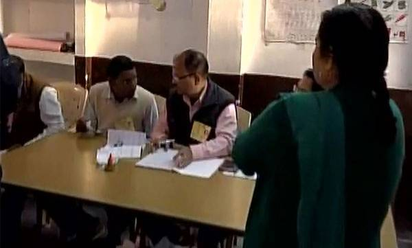 india-voting-begins-for-fourth-phase-of-up-assembly-polls