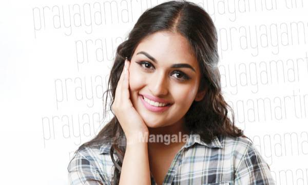 uploads/news/2017/06/116880/prayagamartin.jpg