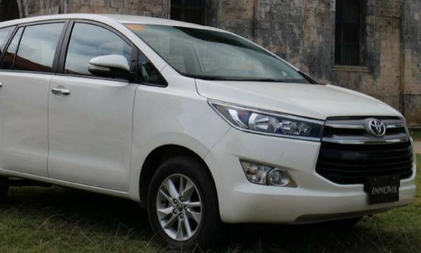 gst, innova crysta, price rate