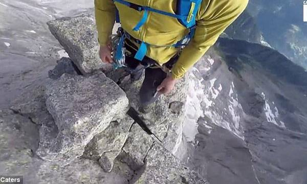 uploads/news/2017/08/135341/mount.jpg
