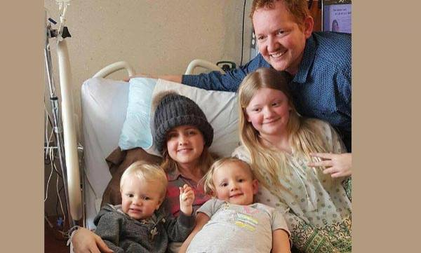 Michigan mom,  Cancer treatment,  Deliver her baby