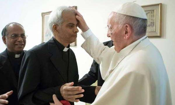 Pope Francis , Fr Tom Uzhunnalil