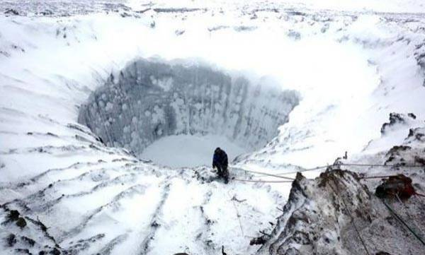 environment-giant-hole-reopens-in-antarctic-ice-for-the-first-time-in-40-years