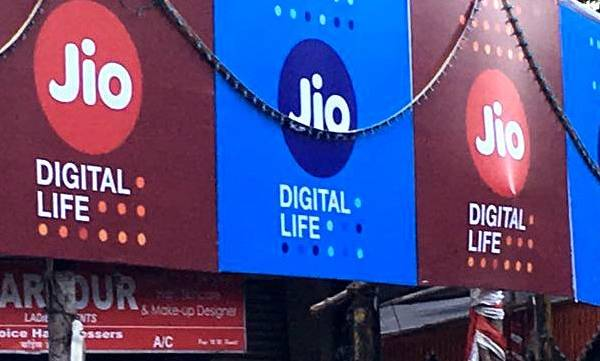 mobile-jio-increases-prices-announces-new-dhan-dhana-dhan-offer