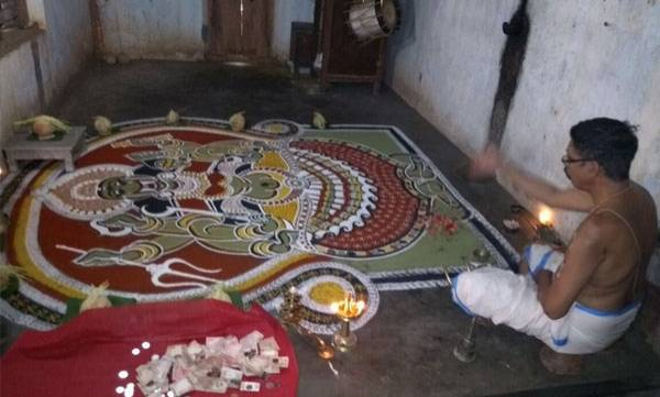 uploads/news/2018/01/180549/chirakkal-kavu-temple.jpg