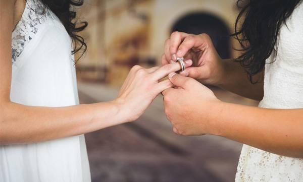 wedding of girlfriends