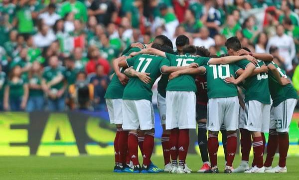 uploads/news/2018/06/226868/mexico-team.jpg