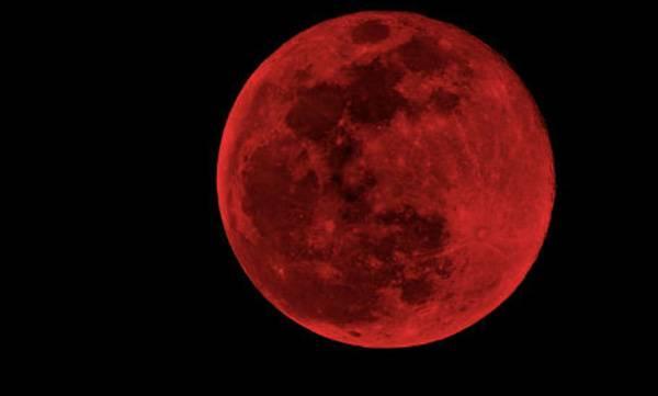 uploads/news/2018/07/230785/blood-moon.jpg