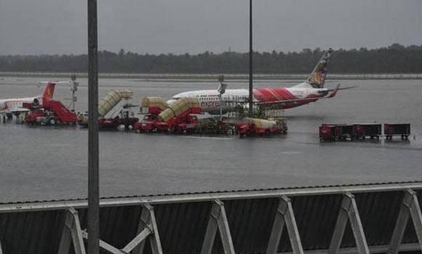 CIAL, Kerala floods