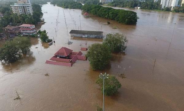 Kerala flood, Banana, Spices, Centre