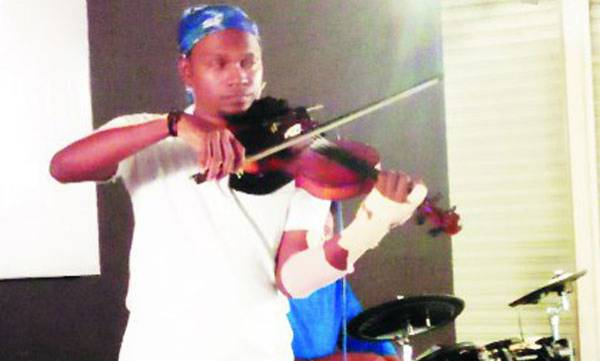 Viswanathan, World record,  Violin