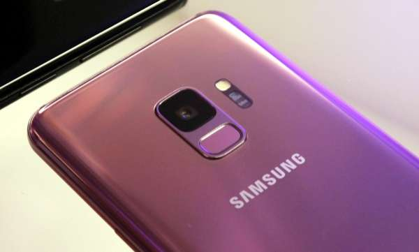 samsung is first in mobiles