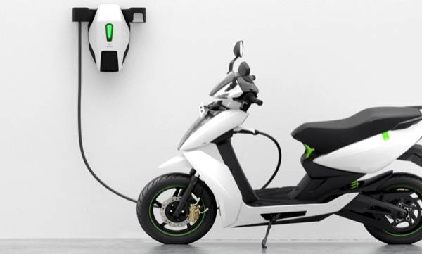 smart scooter for rent in delhi