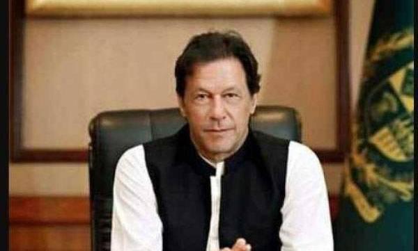 world-pak-pm-imran-seeks-actionable-intelligence-over-pulwama-attack-warns-against-retaliatory-action