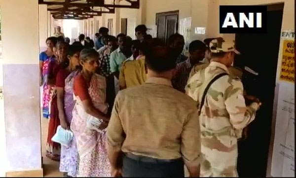 latest-news-strong-polling-in-kerala-3350-in-fifth-hour