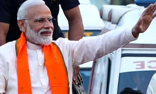 PM Modi, Varanasi, Roadshow